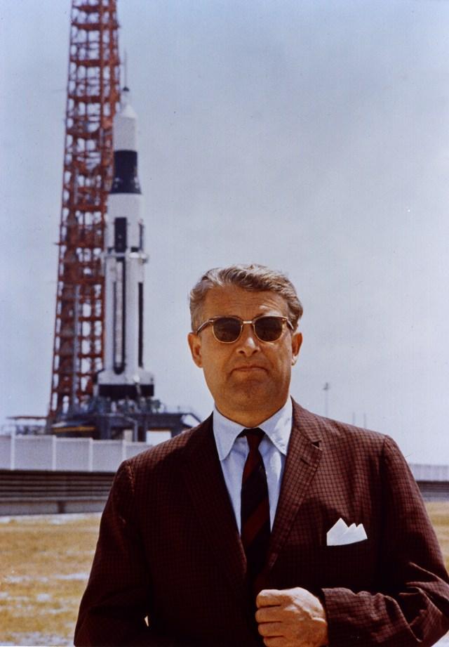 Il vero dottor Von Braun in una foto presa dopo la guerra